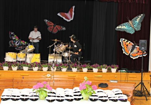 perhoset yo-juhlassa